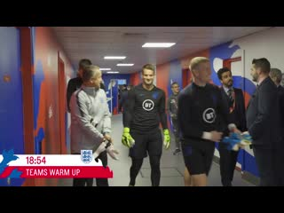 England score five trippier walks past dressing room again! 🤣 | tunnel cam | england 5-3 kosovo