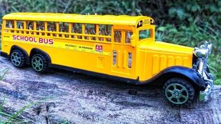 School bus videos for kids. Yellow school buses for children. 완구 자동차