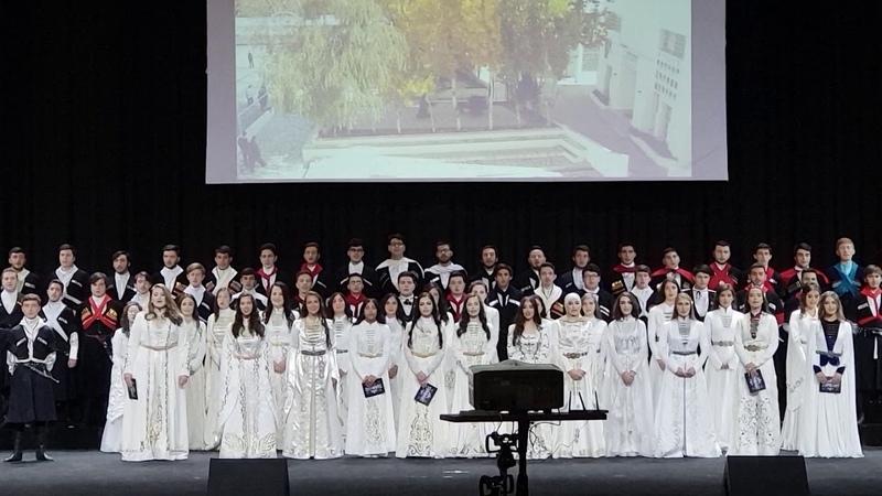 • Иордания, Амман, хор выпускников Черкесской школы. Jordan, Amman, Circassian school choir