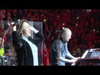 МакSим поёт вместе с болельщиками Спартака Знаешь ли ты