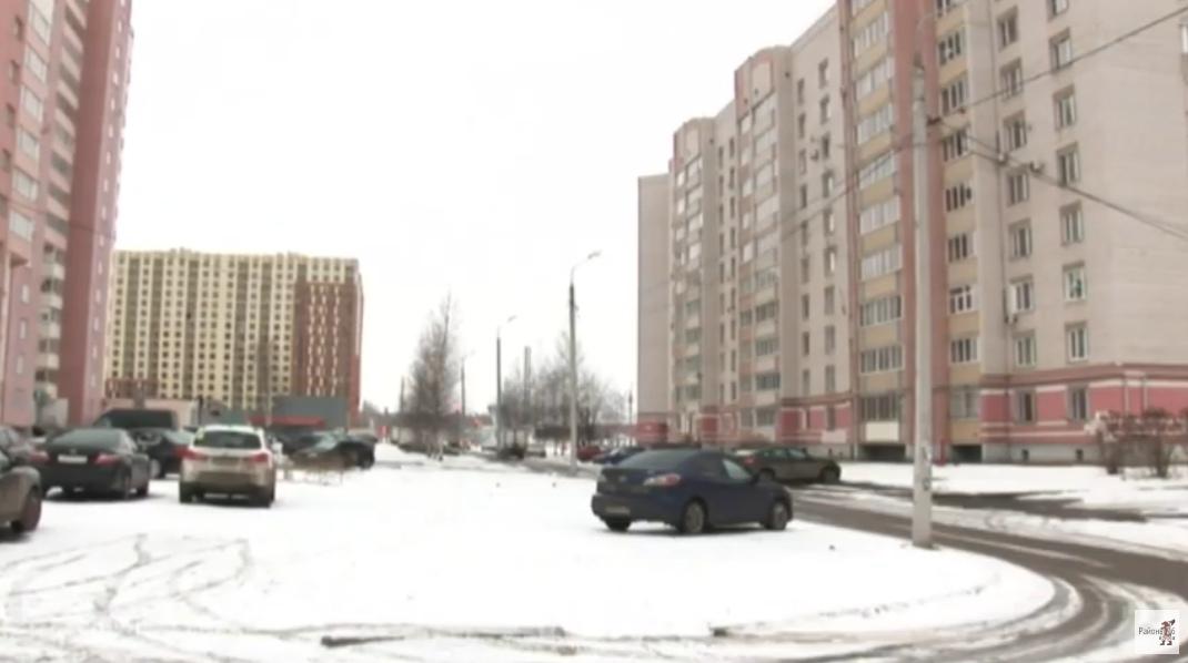 Страшный гололед на Академика Колмогорова в микрорайоне Сокол