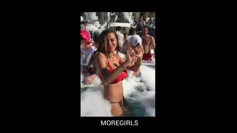 MOREGIRLS | Красивые девушки 2020 спортивные грудь горячие эротика видео сексуальные блондинка брюнетка жопа рыжая сочные пошлые