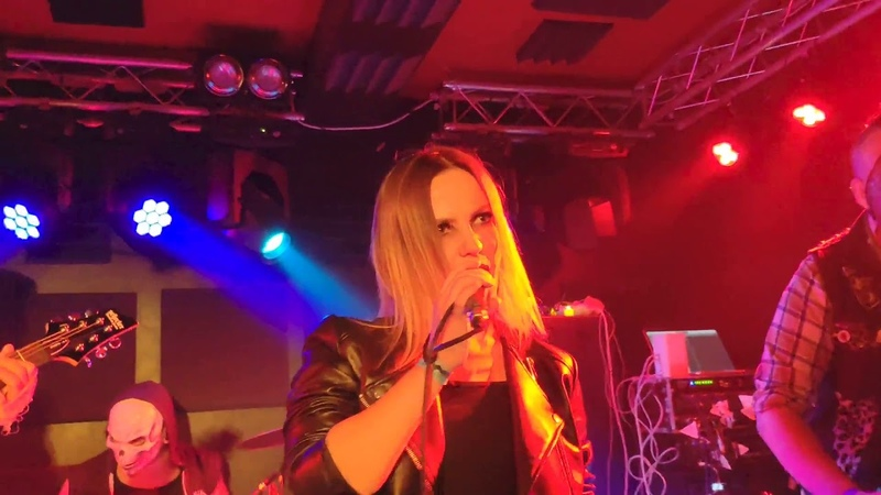 Molly Fancher - Intro / Where are our pumpkins?! @ Lions Head Club (Moscow) 12/10/2019