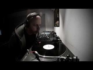Sebb Junior, Quarantine DJ Set from the studio