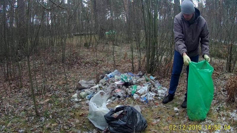 Ecology in Russia 80 уборка мусора у реки в Орехово-Зуево