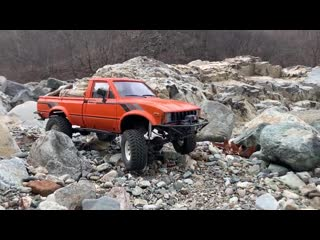 RC car - RC4WD TRAIL FINDER 2 Offroad Driving