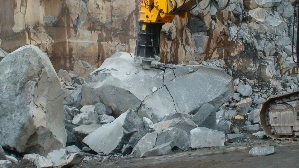 Оборудование для дробления камня - мощные молоты Fractum