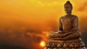 Может ли медитация замедлить процесс старения нашего организма?  3MN-PPiM0Wk