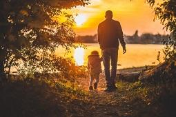 Топ-10 заботливых отцов определили в Липецке