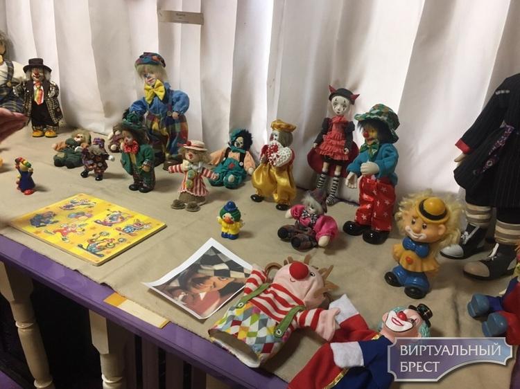 Выставка «Цирк, цирк, цирк!» начала работать в музее «Брест театральный»   СШ №12 г. Бреста