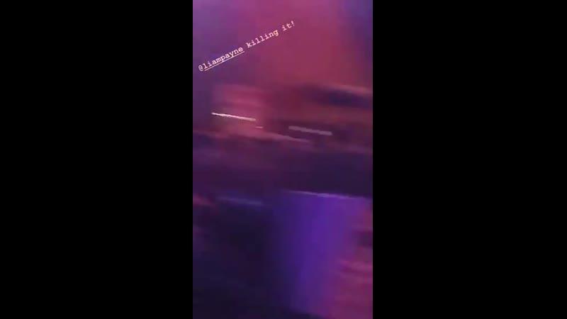 INFO @LiamPayne chantant LittleThings ce soir au CCME à Madrid. 13.09 - - Via la story Instagram des @NewHopeClub