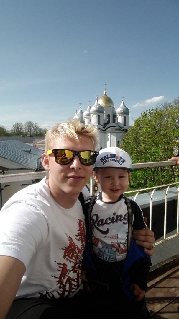 Владимир киреев хоккеист фото подвешивании
