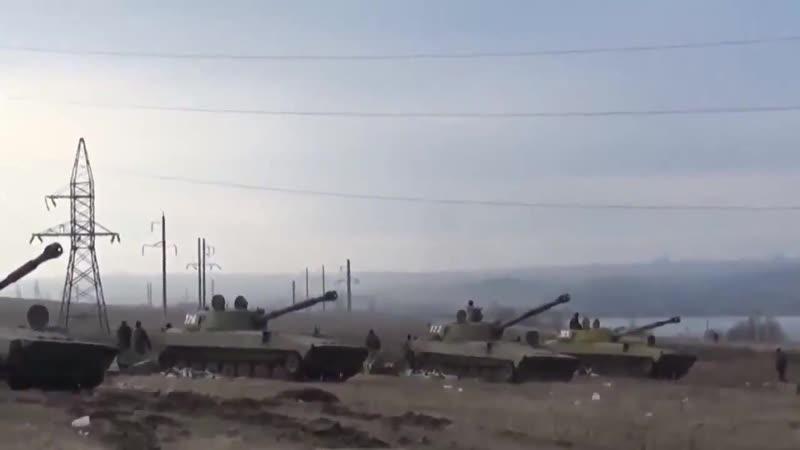 Батарея Гвоздик ВС ДНР кошмарят карателей из ВСУ в Дебальцевском котле