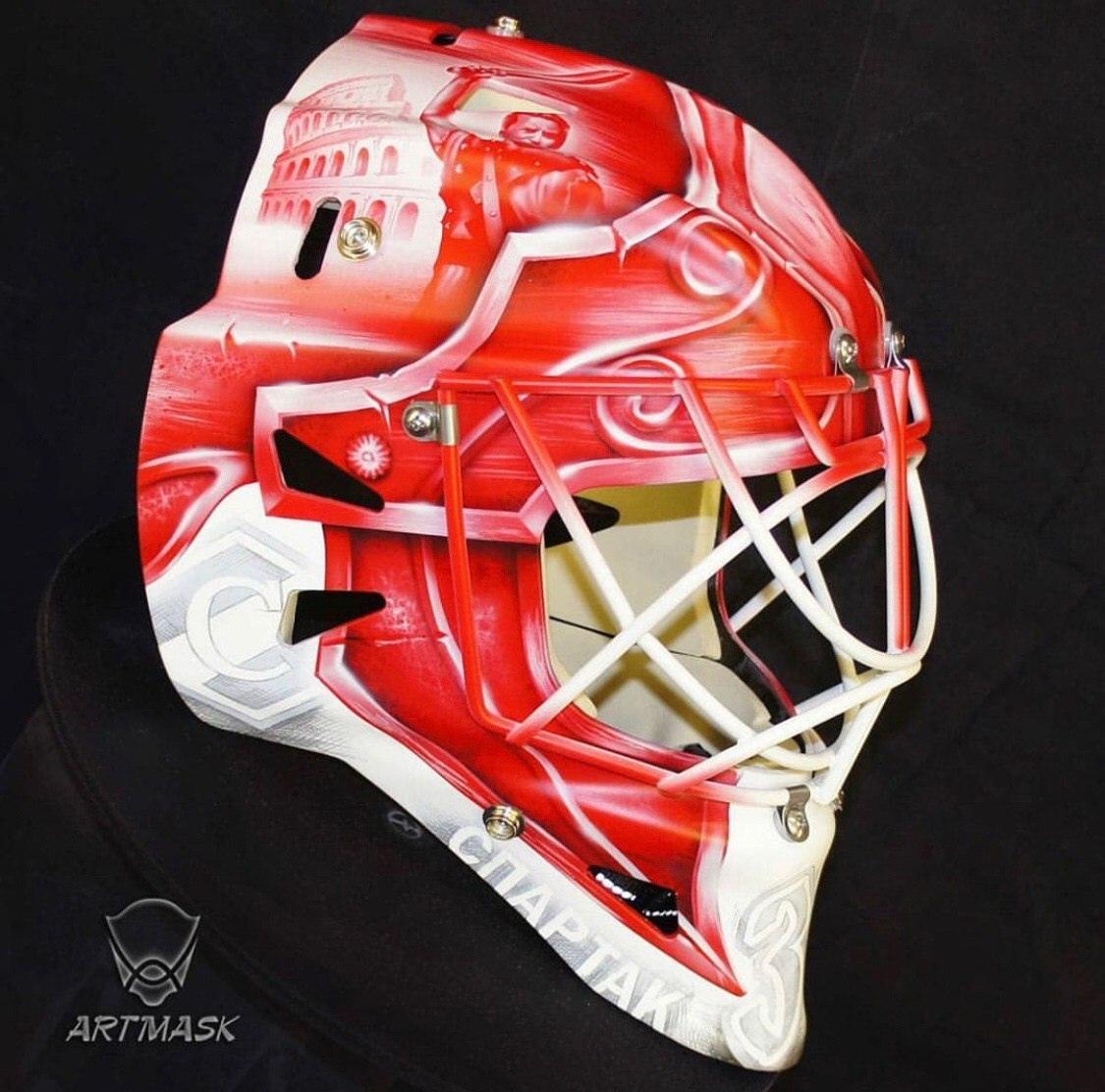 Никита Беспалов представил новый шлем к сезону-2020/21
