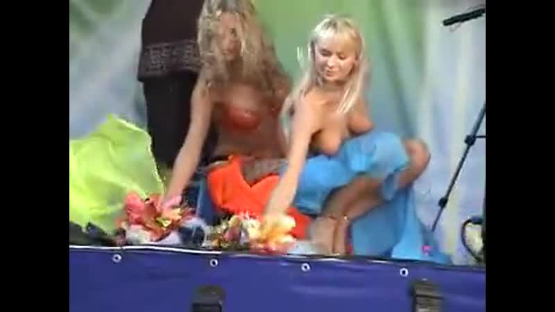 Смотрите и наслаждайтесь Девчёнки ПляЖ клип порно 2009 клипы xxx фильмы porno и