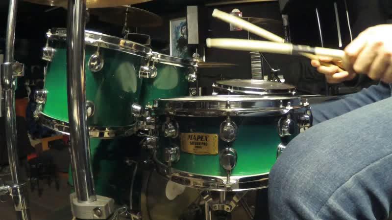 MAPEX SATURN PRO\Wilcoxon Solo 11\Remo Weatherking Coated Ambassador drumhead