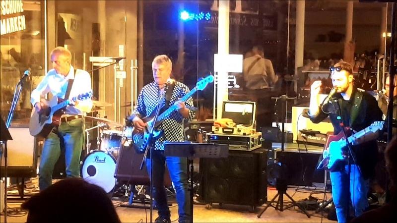 String Guest IV Strassenfest @ Milchbar Reit im Winkl 14.8.19 ® HKH Webmaker © www.LosRein.de