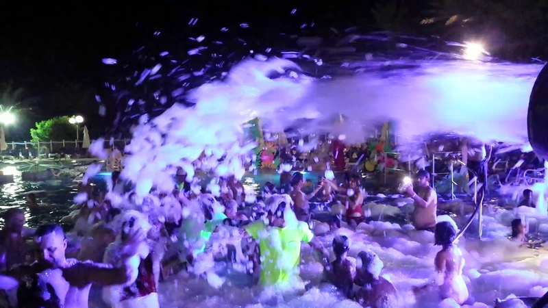 Shems Holiday Village Monastir mousse party
