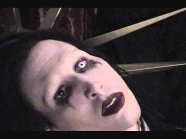 Marilyn Manson - Mommy Dear (Holy Wood Demos) [HQ]
