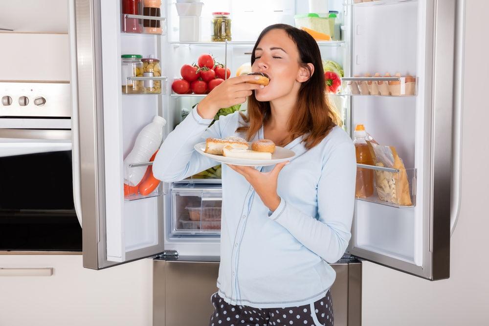 Не ешьте эти 4 продукта, если у вас болезненные месячные