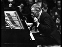 Rachmaninoff plays Tchaikovsky Les saisons, Troika