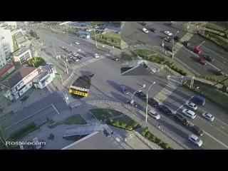 Эпичное ДТП из 5 машин в Липецке на ул. Неделина