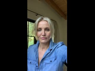 Cameron Diaz Convo With Carly Stein Founder of Beekeepers Naturals
