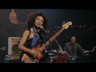 "Great performance by the amazing Esperanza Spalding 🔥🙌 Wayne Shorter - ""Endangered Species"""