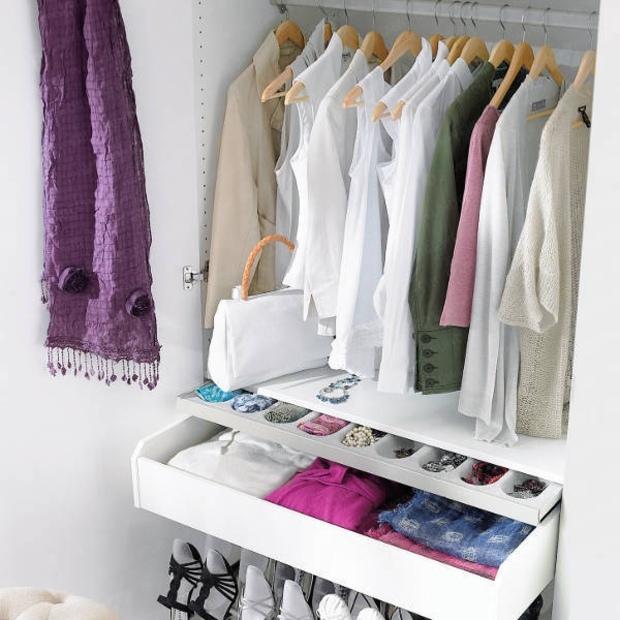 ПРАВИЛА ХРАНЕНИЯ летней одежды в холодную пору года, изображение №2