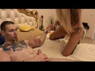 секс с  руки бузуки терешин трахнул блондинку, порно с фриком поебал красивую шлюху с диалогами частное  шлюха любит еблю трах