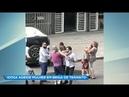 Idosa agride mulher durante confusão de trânsito