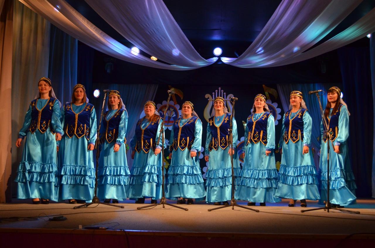 Ансамбль «Алтын ай» из села Татарская Пакаевка Петровского района стал дипломантом регионального фестиваля
