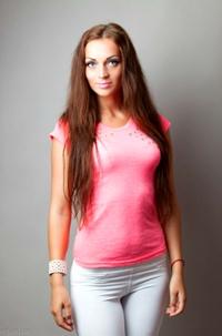 Алина ищенко работа в вооруженных силах девушками