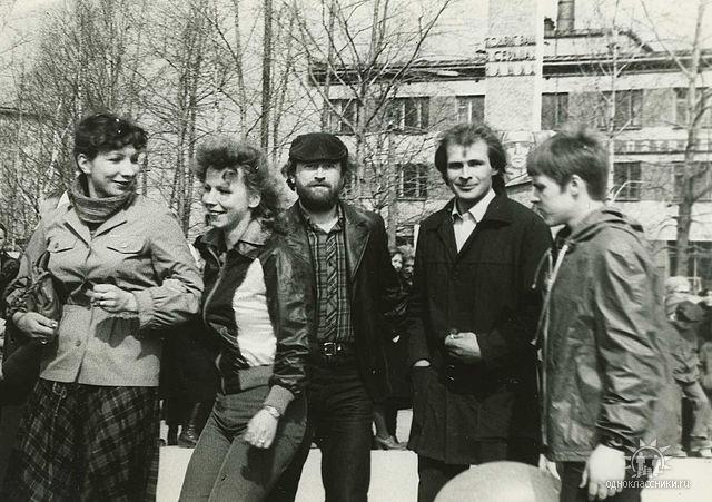 9 мая 1982 года, в центре п.Коноша.
