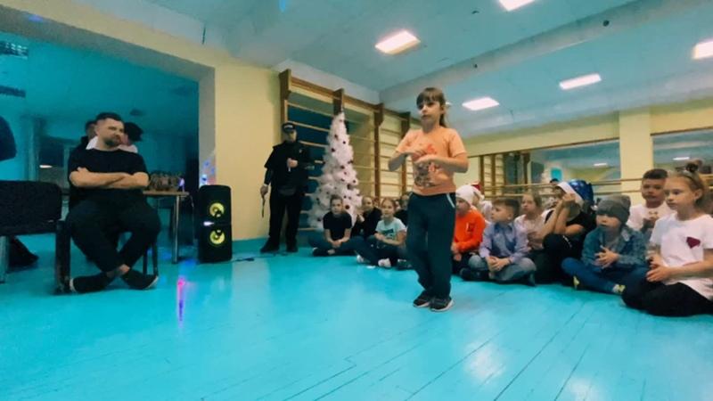 BIG NEW YEAR PARTY'21 БАТЛЫ ДЕТИ 4-7 ЛЕТ ПОЛУФИНАЛ Рослякова Вика и Данилина Саша