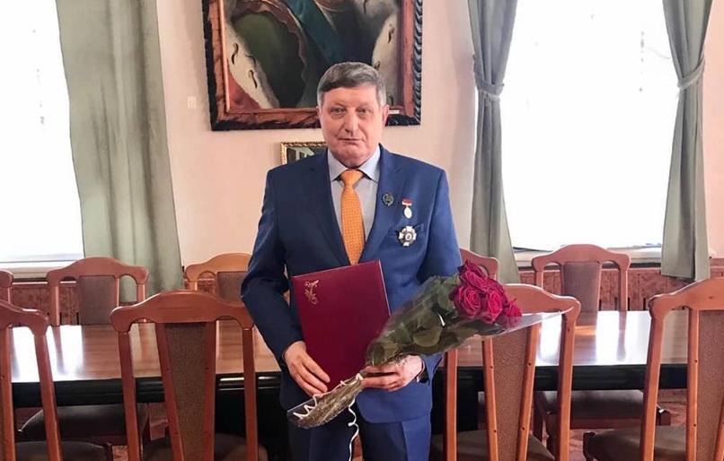Заслуженного работника культуры РФ Алексея КАРТАШОВА поблагодарили за многолетнюю работу