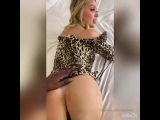 Nikki Benz OnlyFans [порно, секс, минет, трахает, ебет, дрочит, milf, sex, сиськи, pornhub, brazzers, эротика]