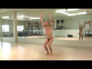 Mens Naked Yoga 1