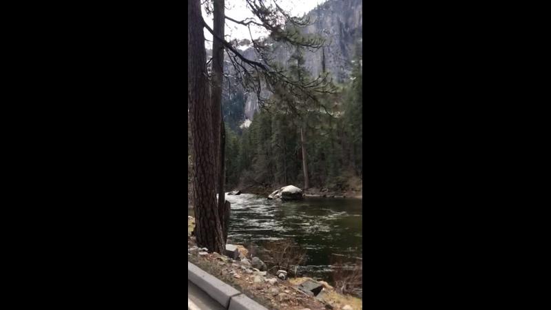 Yosemiti water 4