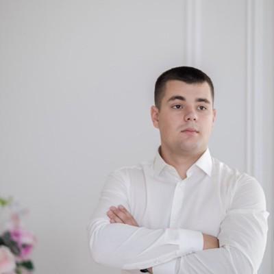 Роман Соколов