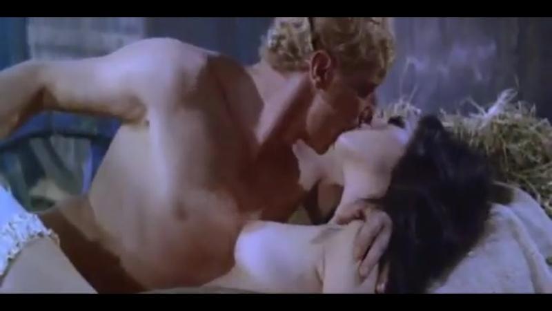 The Sins of Madame Bovary (1969, Edwige Fenech)(эротическая постельная сцена из фильма знаменитость трахается,инцест,сиськи)