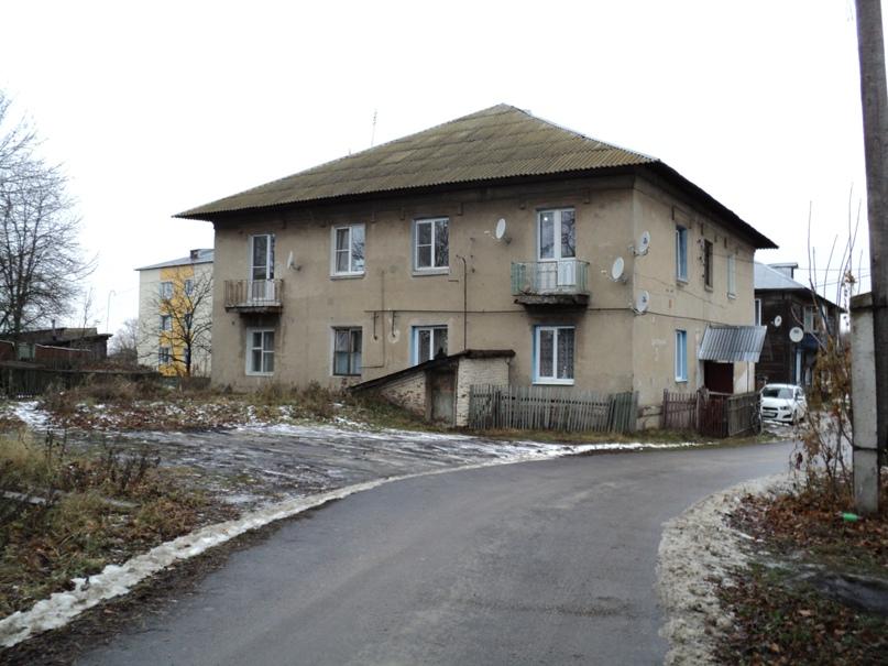 Типовая советская жилая архитектура 50-х годов в Белоомуте., изображение №12
