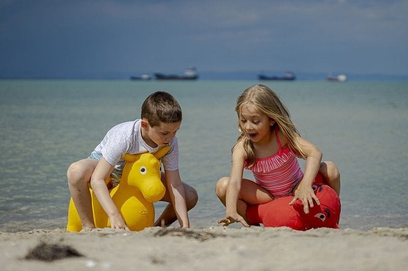 В России расширили действие программы детского туристического