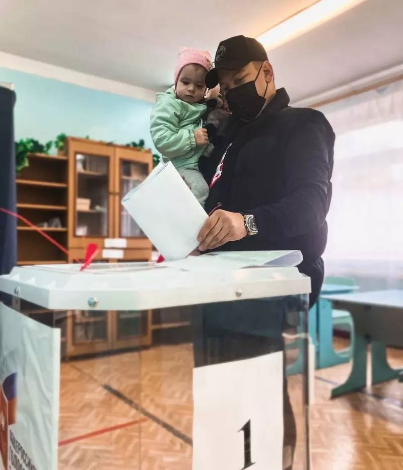 Петровчане отдают голоса за кандидатов в депутаты Государственной Думы и городского Совета