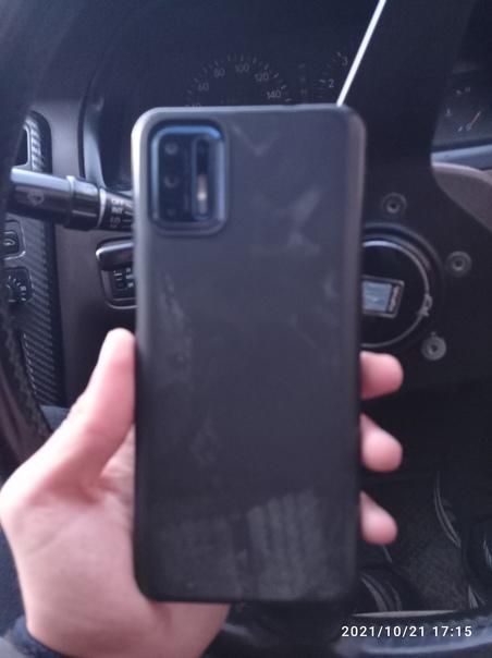 Найден телефон марки Motorola в 2 мкрХозяйну звони...