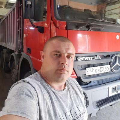 Sergey, 29, Borodino