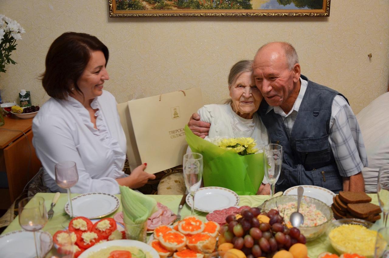 100 лет исполнилось ветерану Великой Отечественной войны Александре Терещенко