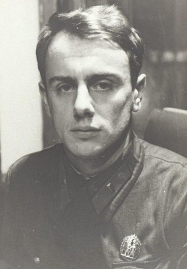 Сегодня, 5 мая, исполняется 106 лет со дня рождения советского поэта-песенника Е...