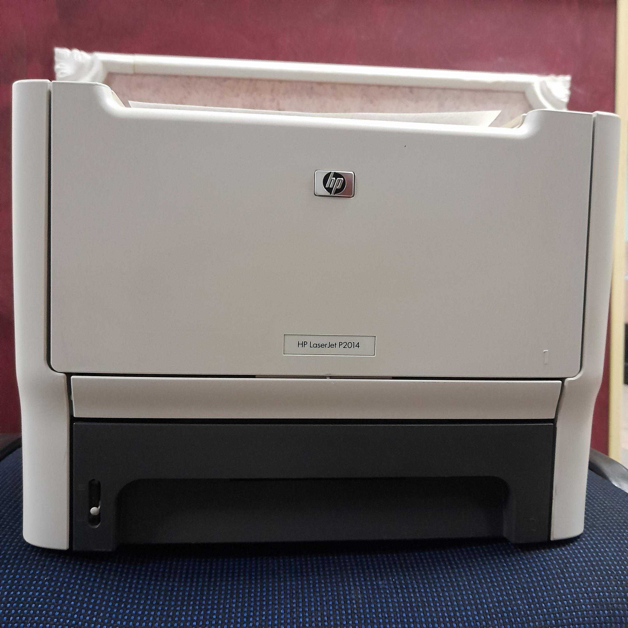 Продам принтер HP LJ P2014, на картридже 53х.