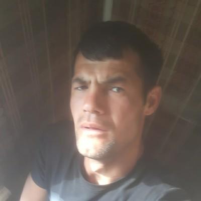 Donyor Alimboev